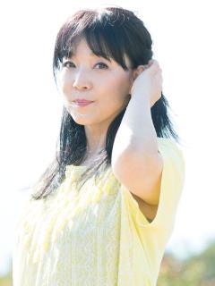 Ozaki_Ami_20160423_00_240x320.jpg