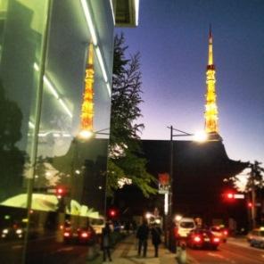 夜の増上寺(ふたご).jpg