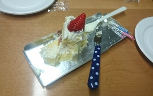 #43 ケーキ縮小.jpgのサムネール画像