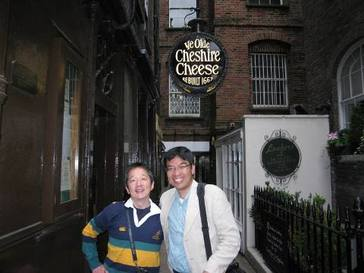 LONDON OLDEST PUB 2.jpg