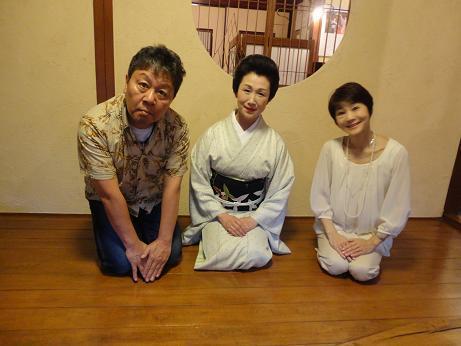 恵姐さんと2人.JPG