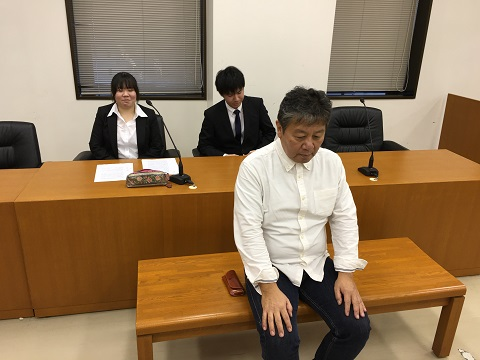 法学部・模擬法廷③.JPG