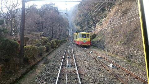 高尾山・ケーブルカー③.JPG
