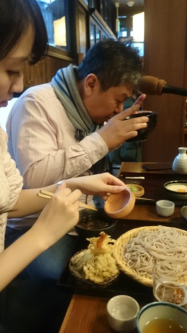 高尾山・蕎麦屋②.JPG