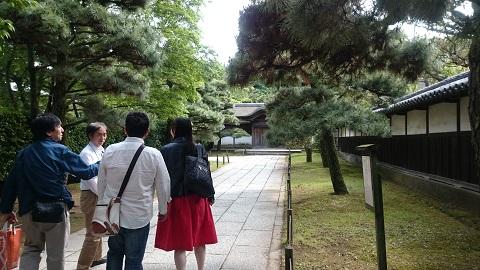 三溪園・遊歩道.jpg