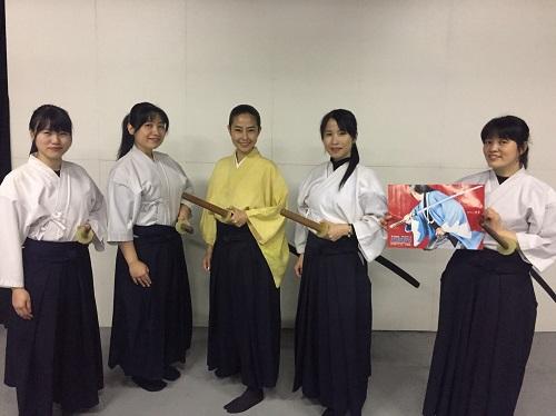 殺陣にチャレンジ!みかちゃん (2).jpg