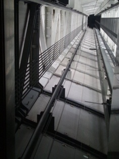 天望回廊へのエレベーター.JPG