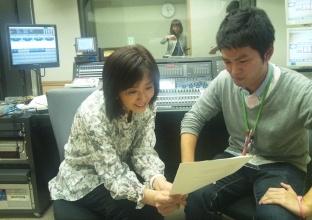 新人Dが番組に加入!指導?する桃子さん (1).JPG