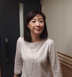 桃子・スタジオ.jpg