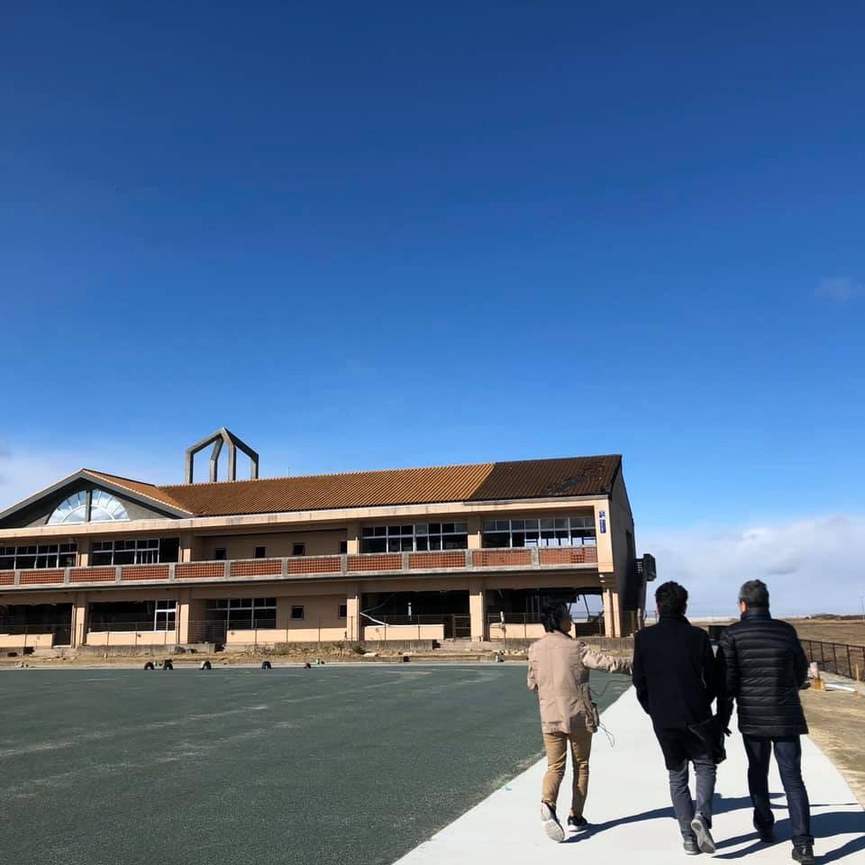 中浜小学校遠景.jpg