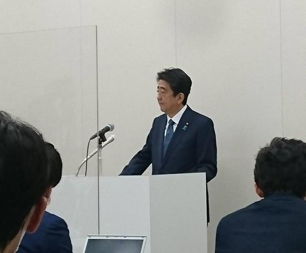 安倍前総理20201224.jpg