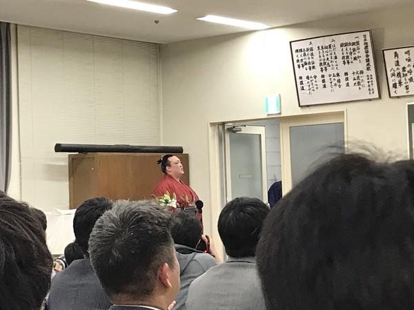稀勢の里引退会見2019116 (1).jpg