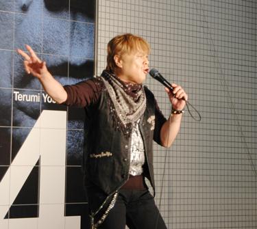 miyauchi_live.jpg