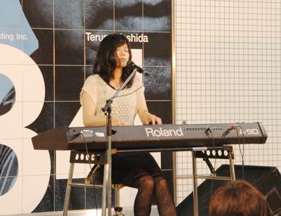 suzuki_live.jpg