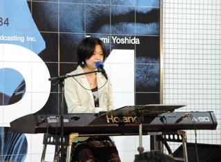 yoriko_live.jpg