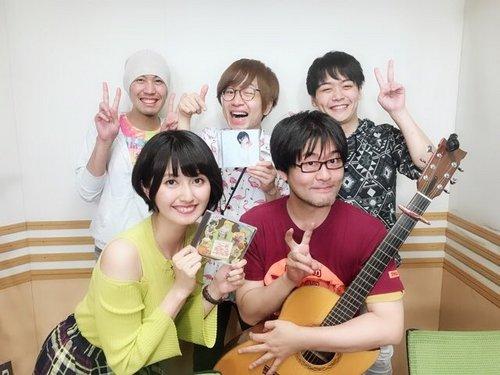 駒形友梨with学園祭学園.jpg