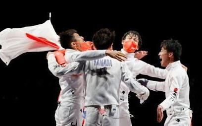 フェンシング男子が初V 日本「金」史上最多の17個目