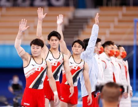 体操男子団体総合で日本が銀メダルを獲得