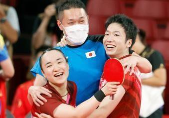 卓球の混合ダブルス水谷・伊藤ペアが悲願の金メダル獲得