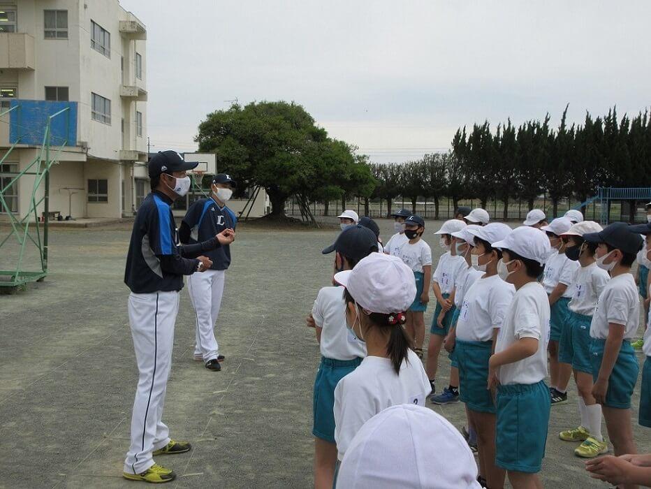「野球を好きになってほしいから」髙橋朋己コーチの褒めて楽しむベースボールチャレンジ【L-FRIENDS】
