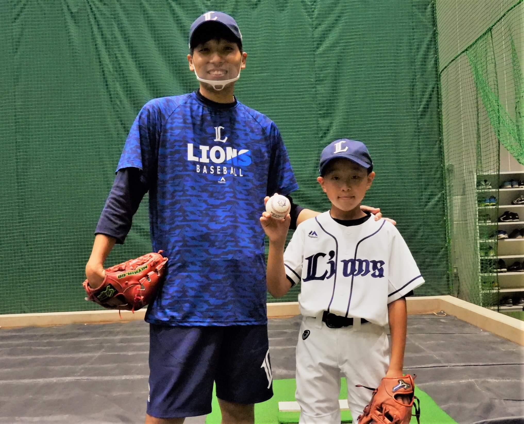 憧れの森友哉のミット目掛けてー大舞台で始球式を務めた野球少年【L-FRIENDS】(ライオンズナイター)