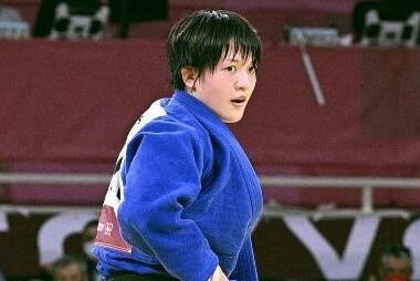柔道女子70キロ級 新井千鶴 金メダル!