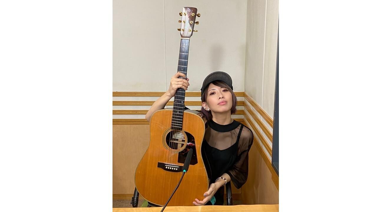 草野華余子 『輪舞-revolution』をスタジオで弾き語り!!
