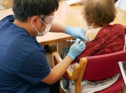 おおたわ史絵氏が診たワクチン接種副反応…高齢者はへっちゃらな人が多い 6月25日「くにまるジャパン極」