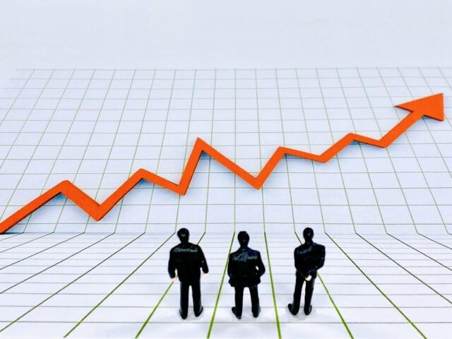 日本の景気に一番ポジティブな影響を与えるのは、どの候補の政策?~斉藤一美ニュースワイドSAKIDORI!